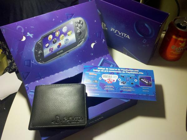 Коробка предзаказа PS Vita в Европе