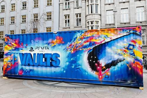 """В Ирландии курсирует контейнер в рамках акции """"PS Vita Vaults"""""""